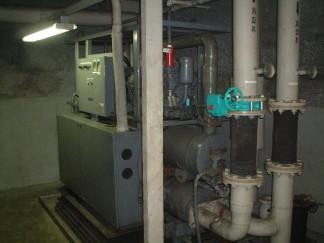 セントラルヒーティングの機械設備