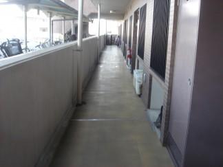 開放廊下修繕前