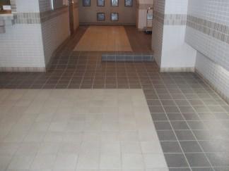 玄関スロープ(修繕前)