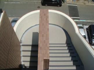 屋上階段修繕後