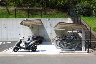 駐輪場(工事後)