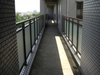 廊下(修繕前)